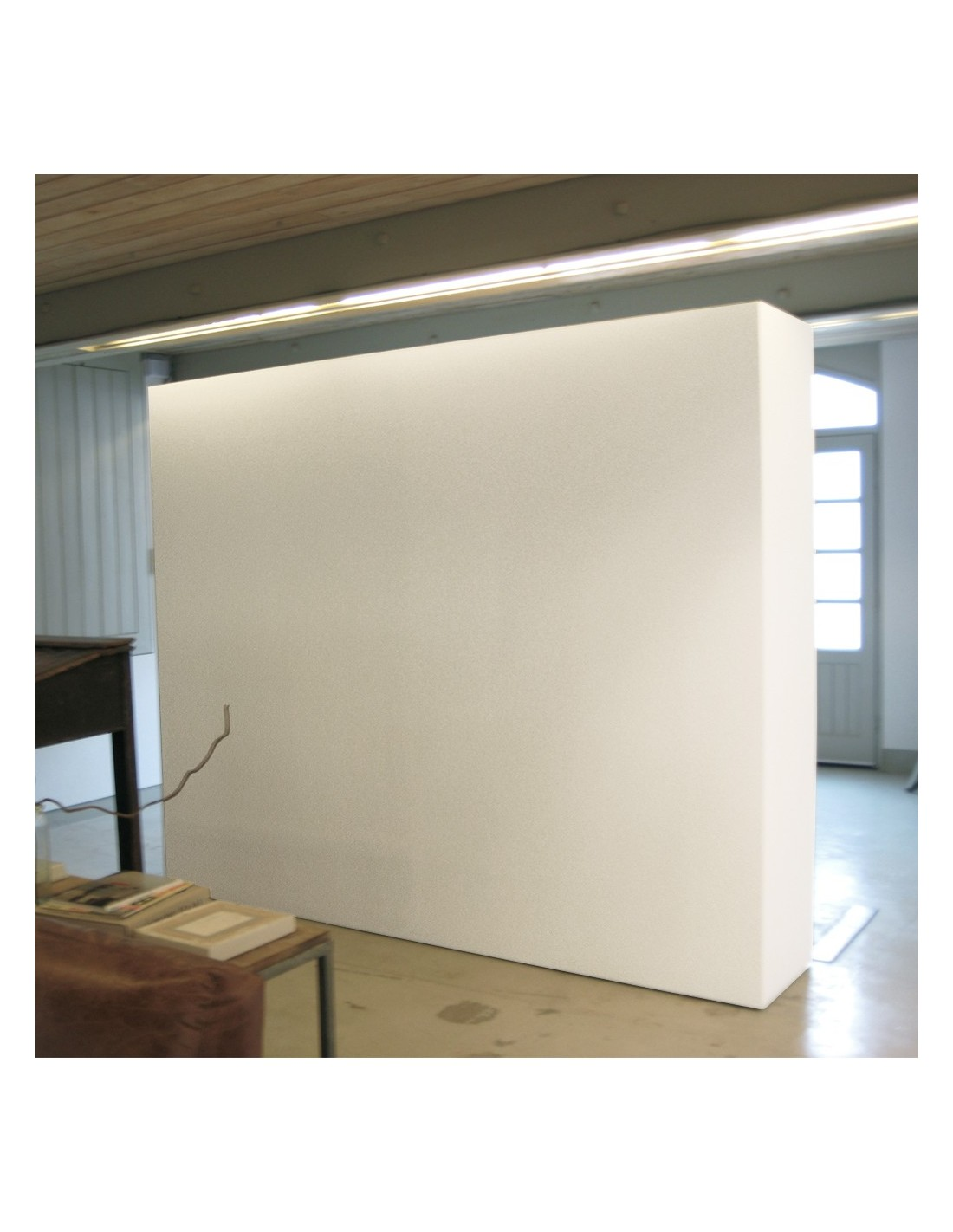 Mobile Gallery Wall With Storage Artplinths