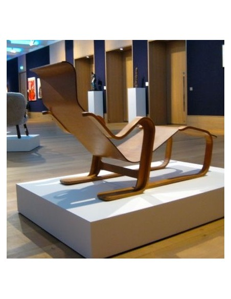 Bonhams Furniture Plinths
