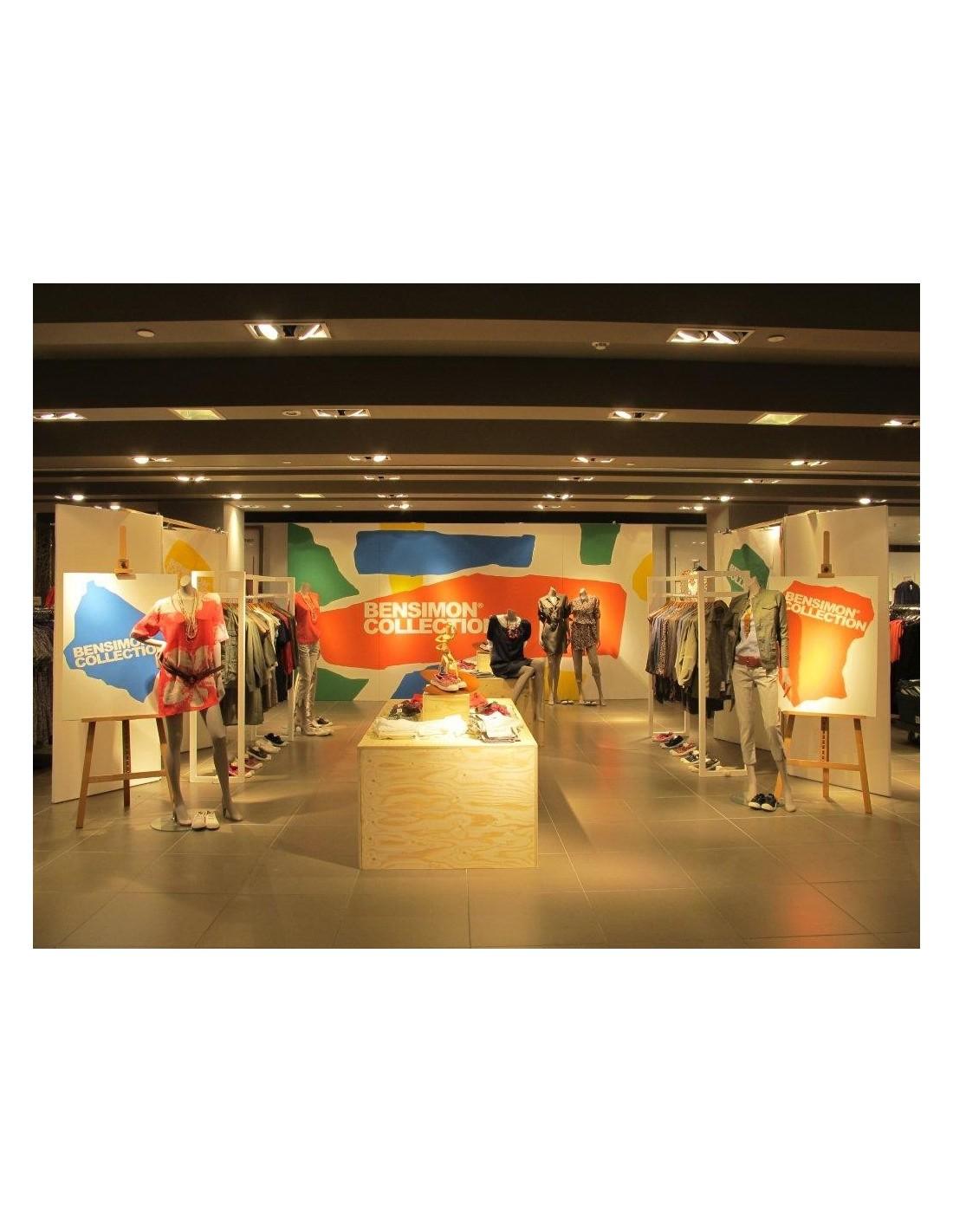 Acrylic Box John Lewis : London art work and artplinths for john lewis