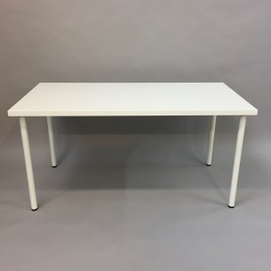 Table with steel legs HIRE