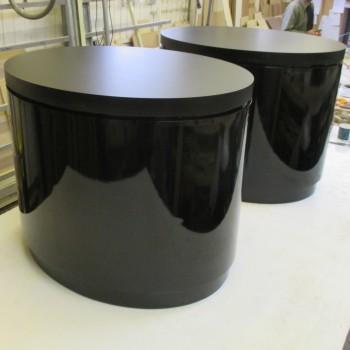 Cylinder Display Plinths. flawless Round Pedestals | Artplinths London